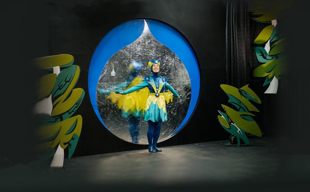 Sara Schabas as Dukdukdiya (Hummingbird). Photo: Nadia Zheng